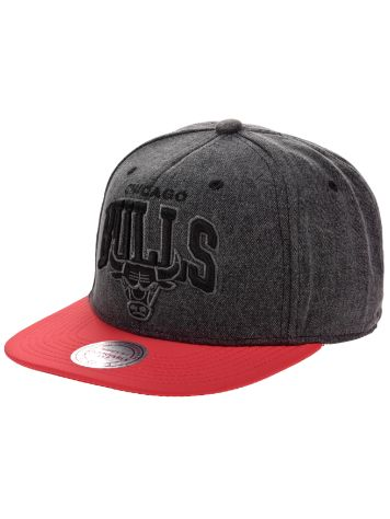 Mitchell & Ness Boardwalk Bulls Snapback