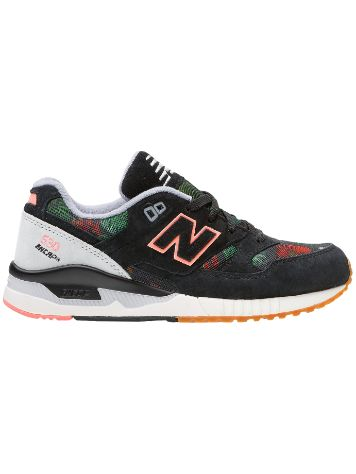 New Balance 530 Floral Ink Sneakers Frauen